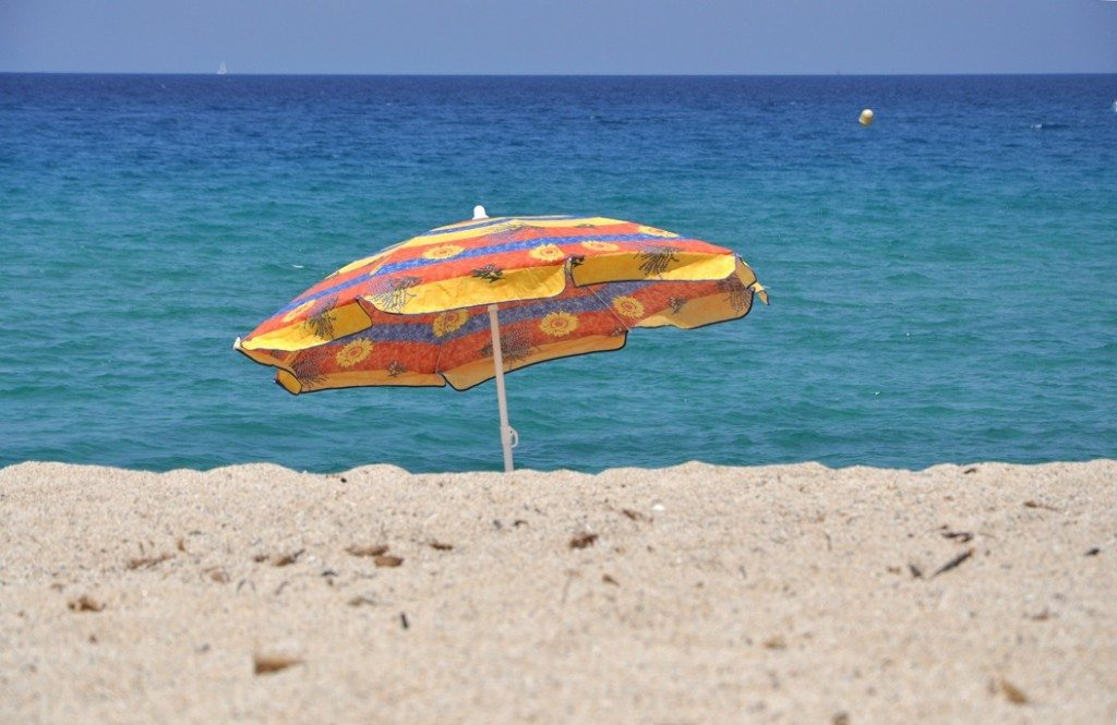 Beach_umbrella