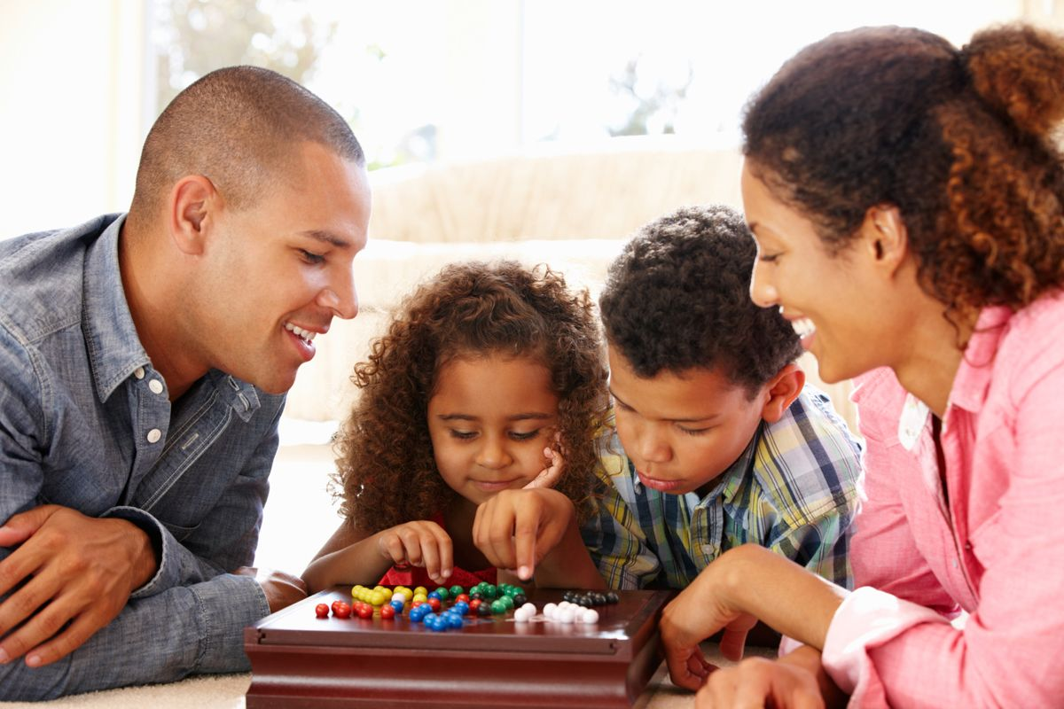 6 Ways To Build Your Family Relations Stronger